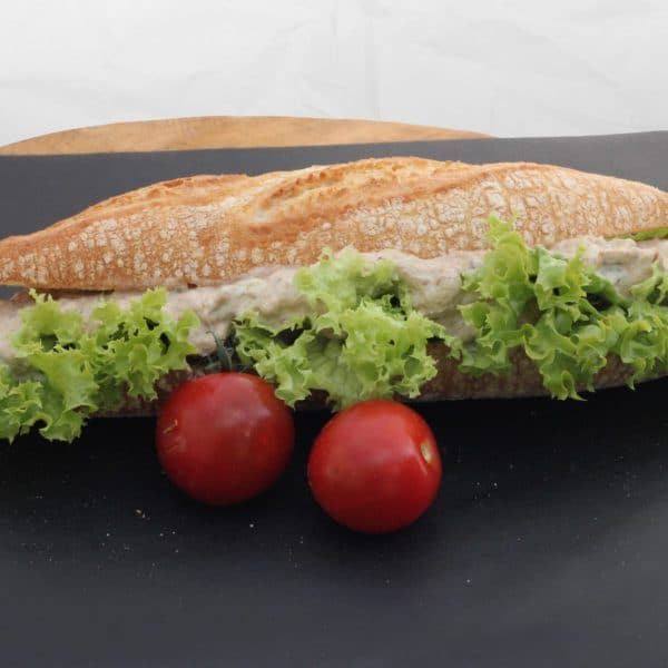 Broodje vleessalade